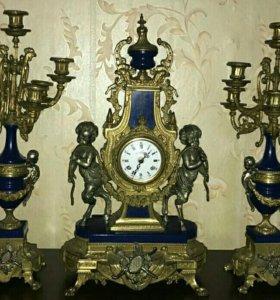 Часы старинные с подсвечниками!