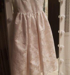 Платье из натурального жаккарда