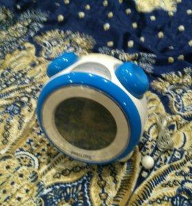 Радио часы будильник philips