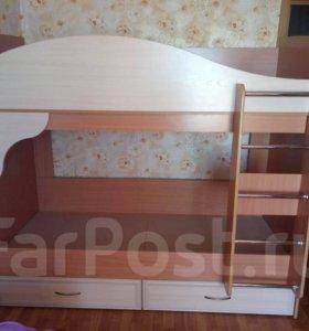 Кровать двухъярусная во Владивостоке