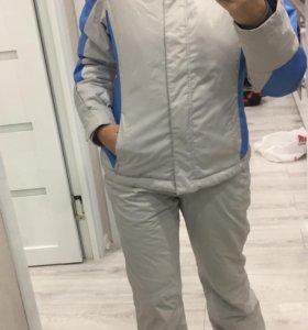 Зимний костюм фирмы GLISSADE