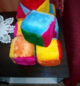 Мягкие пушистые кубики для развития детей