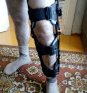 Корсет-ортез на колено