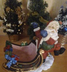 Сувенир Санта Клаус и сани