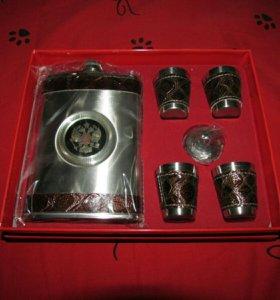 Подарочный набор (фляга+4рюмочки)
