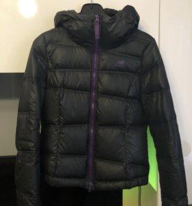 Куртка New Balance женская