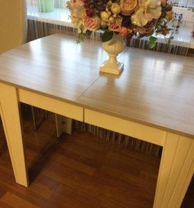 Обеденный стол лира