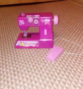 Игрушка машинка для шитья