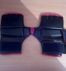 Перчатки, для боев без правил