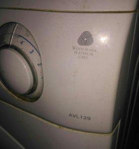 На запчасти стиральная машина ARISTON AVL129