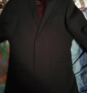 Класcический мужской костюм