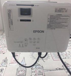 Проектор Epson EB-Х04