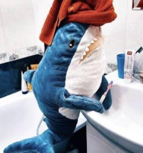 Акула из икеа блохей