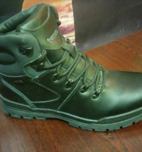 Зимние ботинки 44р-р