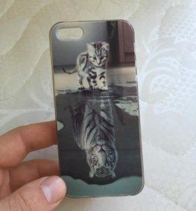 Чехол на айфон SE ,Рисунок тигр и котенок