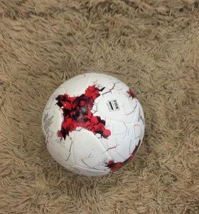 Продам оригинальный мяч Adidas КК