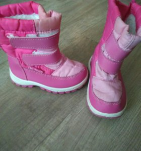Зимняя обувь для девочки. Дутики. 21 размер