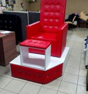 Кресло,подиум подставка