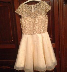 Вечернее платье, цвет золотистый, нежное