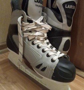 Коньки 43р. Larsen Ice Pro 810
