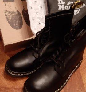 Новые ботинки Dr. Martens made in England