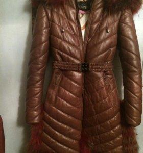 Зимнее кожаное пальто для стильной девочки