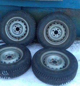 Зимняе колеса 13 размер