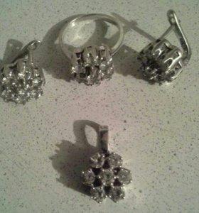 Комплект серебро с фианитами