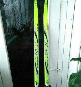 Лыжи подростковые. Sky race. 170см с креплениями.