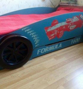 детская кровать-гоночный автомобиль