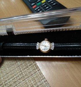 Золотые часы чайка с бриллиантами 💎💎