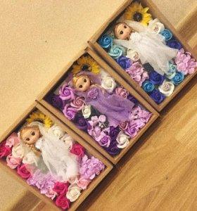 Розы из мыла с куколками