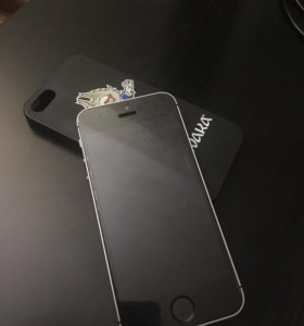 iPhone SE (32 gb)