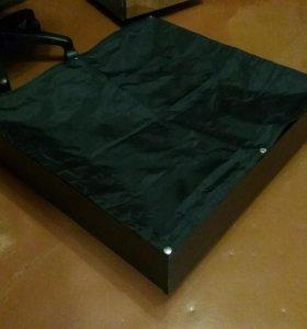 Прикроватные задвижные ящики на колесах (2 шт.)