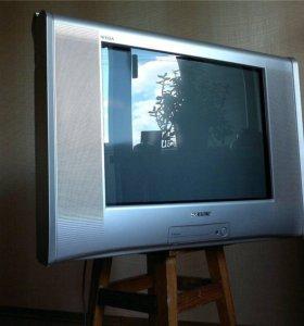 Телевизор сони вега тринитрон.