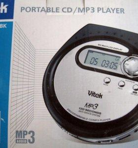 Портативный CD MP3 плеер Vitek 3779 новый