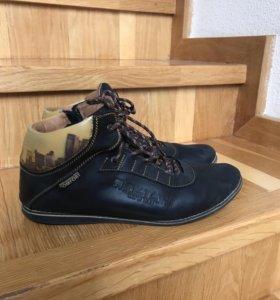 Ботинки ( кожа) р 40