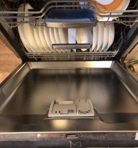 Посудомоечная машина SMV69T40