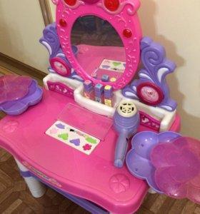 Столик принцессы