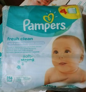 Pampers салфетки