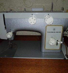 Швейная машина Чайка 142-М