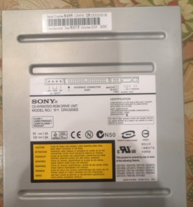 CD-R/RW/DVD-ROM CRX320EE