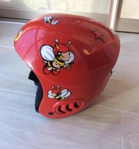 Детский шлем для зимних видов спорта