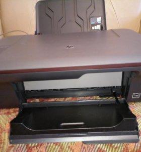 Струйный три в одном принтер HP Deskjet 1050A