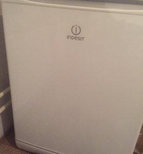 Холодильник IDESIT