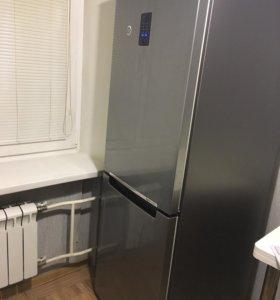 Холодильник Samsung rb29ferncsa