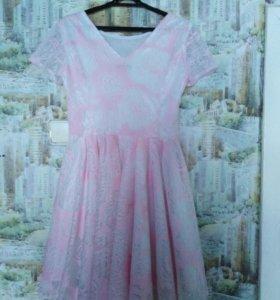 Платье на девочку 13-15 лет