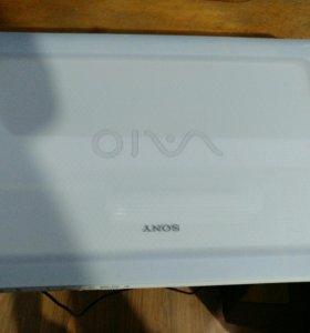 Стильный ноутбук SONY Core i3 2.1\Ghz\4Gb\HDD 500G