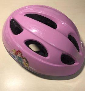 Шлем и комплект защиты для девочки