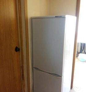 Холодильник Антлант (неработающий)